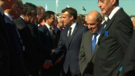 Macron Bourget