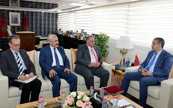 Rebbah s'entretient avec une délégation de l'Instance arabe des énergies renouvelables