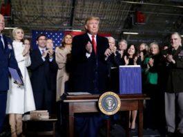 Donald Trump lance L'US Space Force